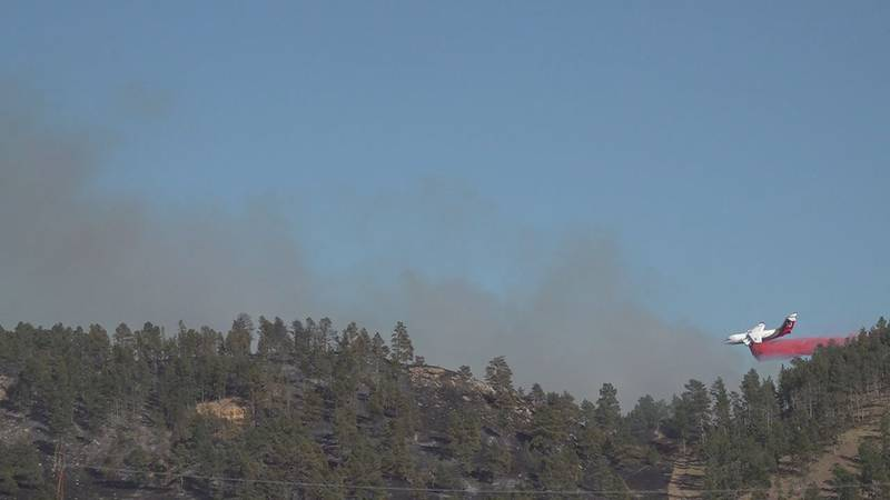 the blaze is still at 25 percent contained and has burned through 964 acres so far.