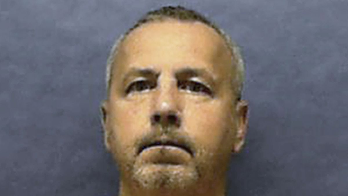 In this undated photo provided by the Florida Department of Corrections, Gary Ray Bowles is shown. Bowles, a serial killer who preyed on older gay men during an eight-month spree in 1994 that left six dead, was executed by lethal injection Thursday, Aug. 22, 2019, at Florida State prison. (Florida Department of Corrections via AP)