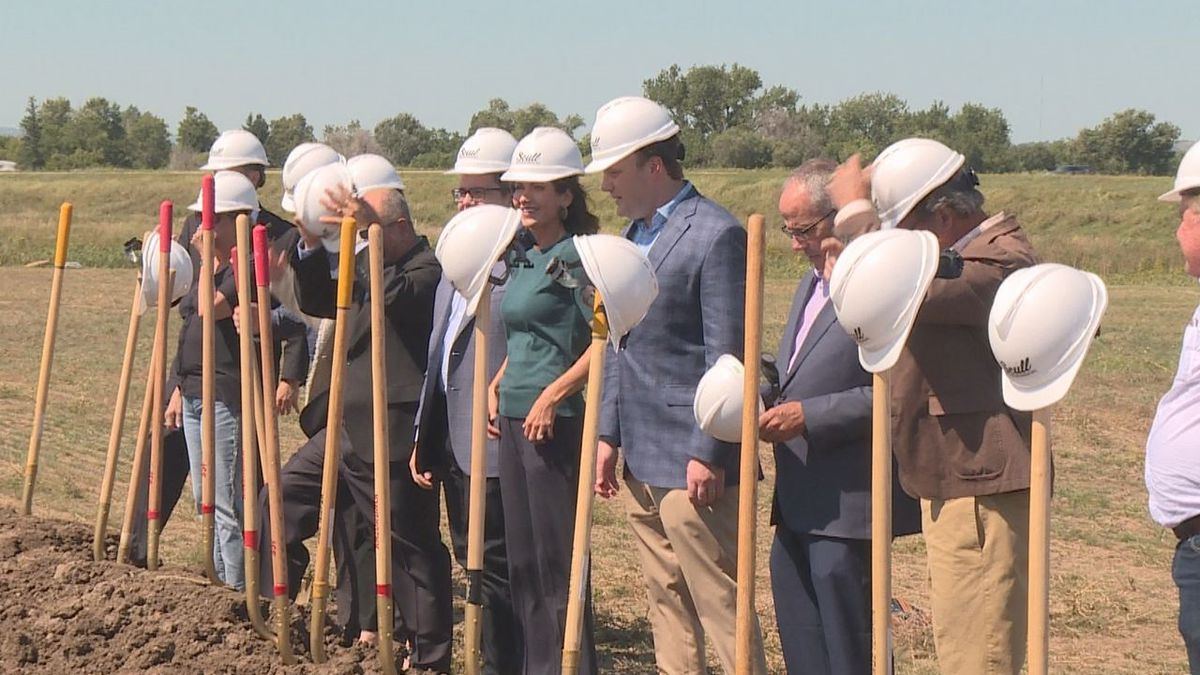 Gov. Kristi Noem among the prominent community members to break ground on the new Signify Health Facility