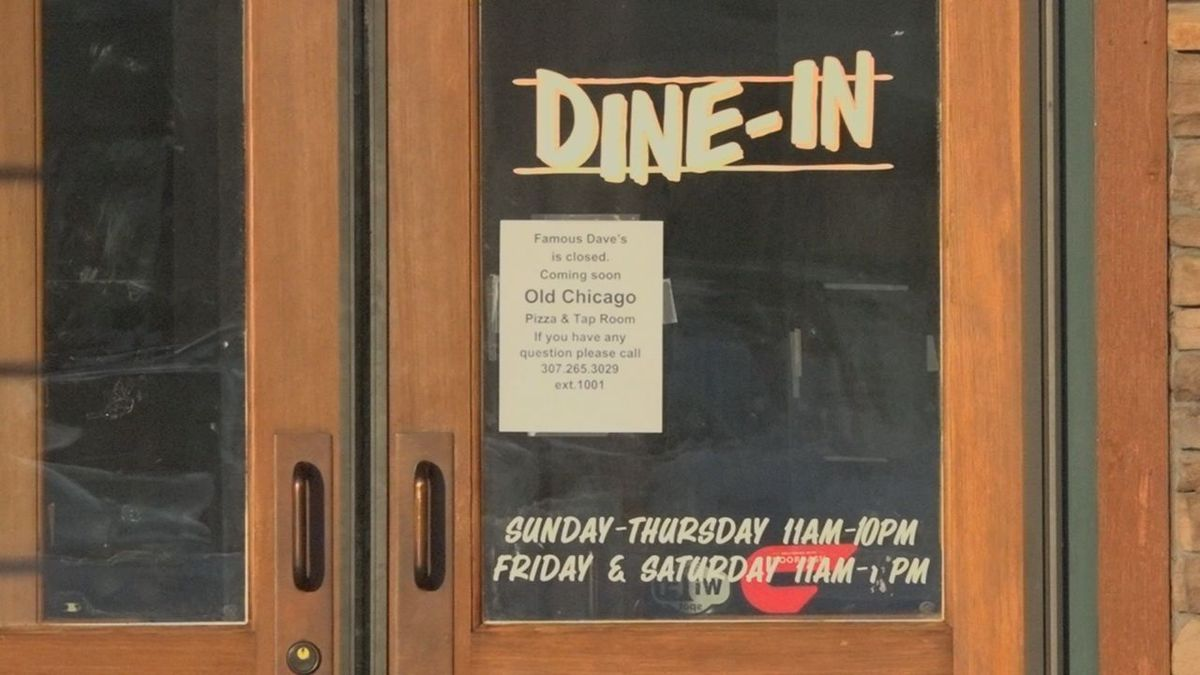 Famous Dave's is now closed and will become an Old Chicago restaurant.