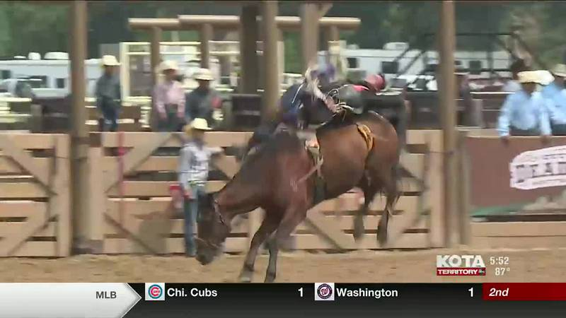 Top cowboys, cowgirls in country compete