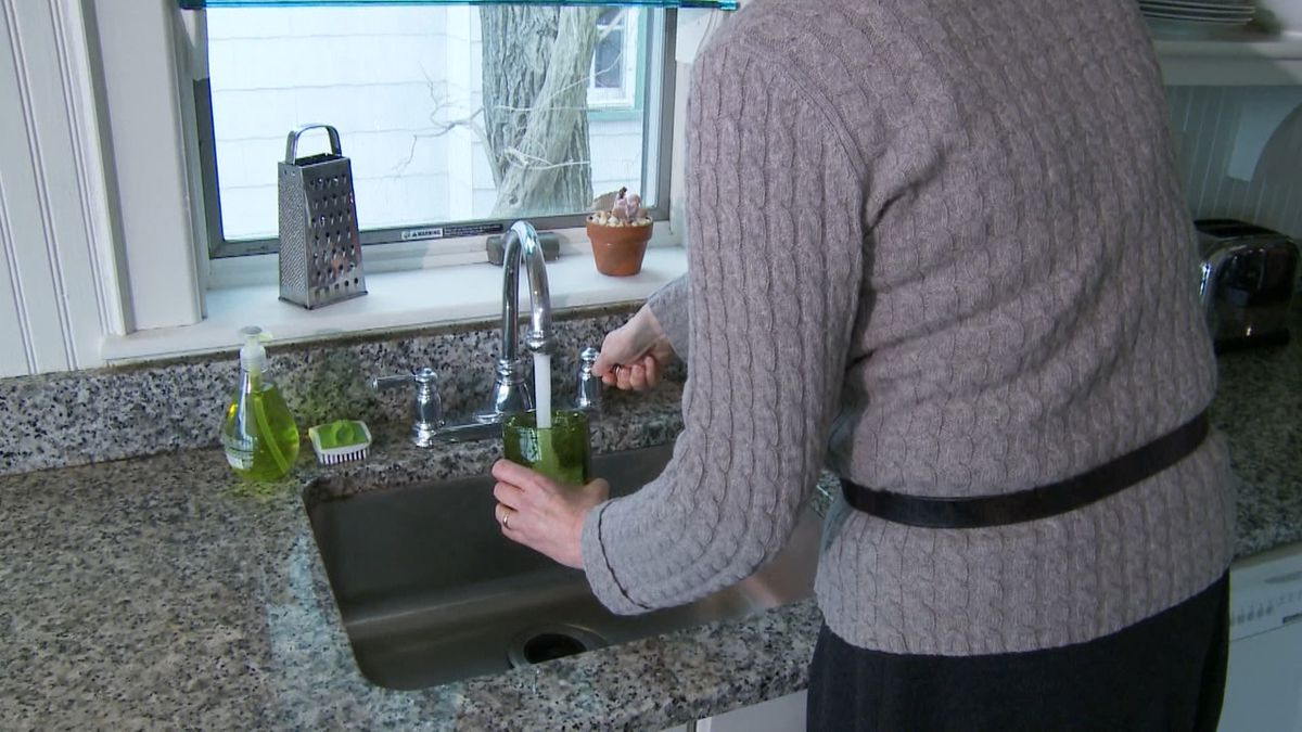 Consumer Reports reveals some tips for how to test the water from your tap.(Consumer Reports)