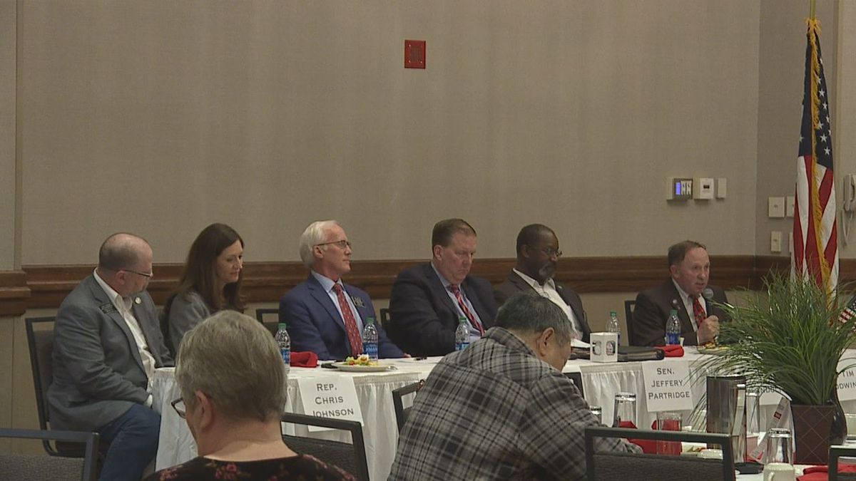 State law makers at the legislative outlook session in Rapid City, S.D.