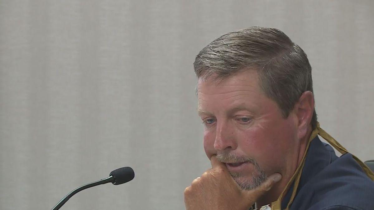 Steve Keszler steps down from council