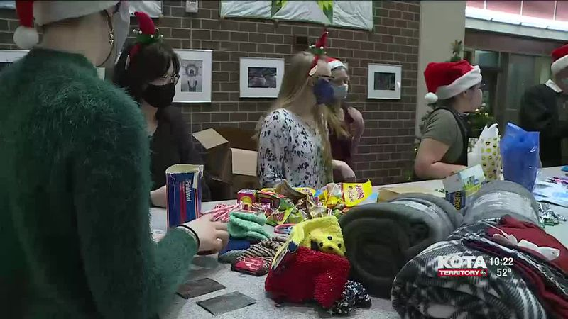 Rapid City youth council spreads holiday cheer in the community with goodies bags